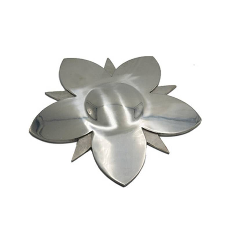 Casting stainless steel art ware
